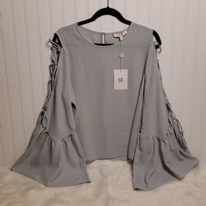 NWT WAYF Chiffon Boho Bell and Laced Sleeves Top